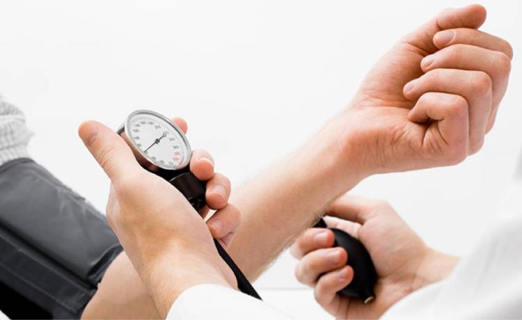 Cuales son los factores que causan la Hipertensión